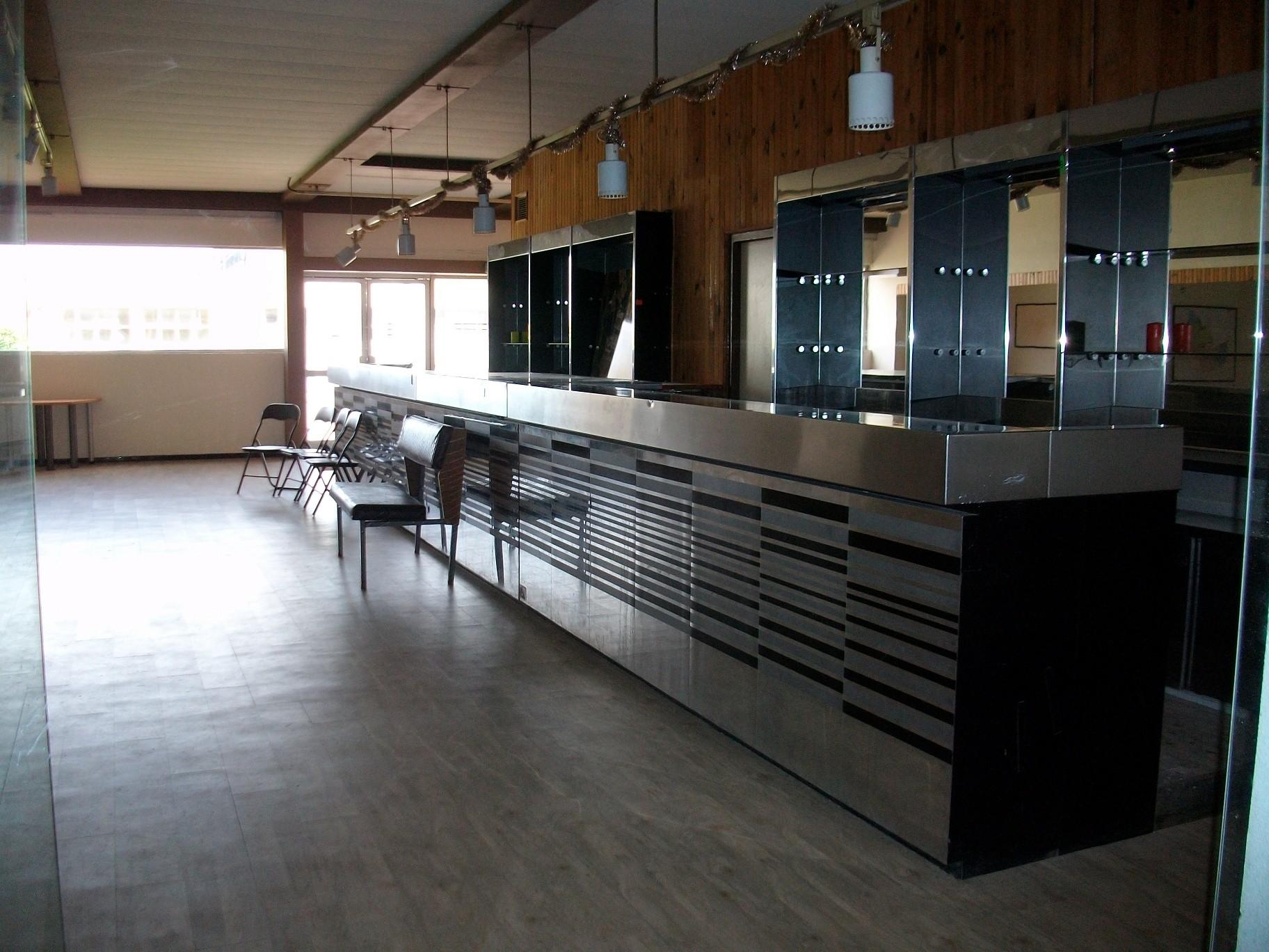 locaux d 39 activit s a louer paris villaroche. Black Bedroom Furniture Sets. Home Design Ideas